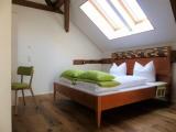 Schlafen wirst Du in einem Bett aus fränkischer Eiche